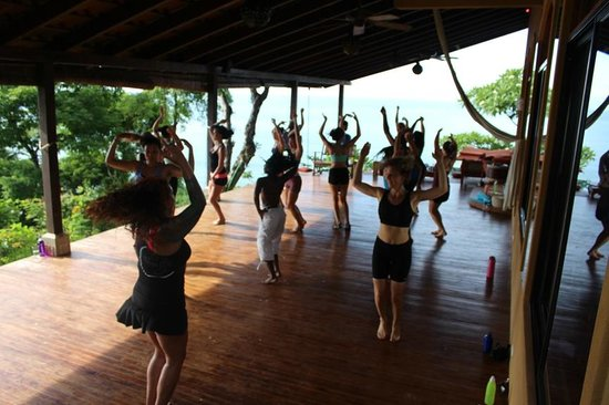 Anamaya Resort & Retreat Center: Zumba Class