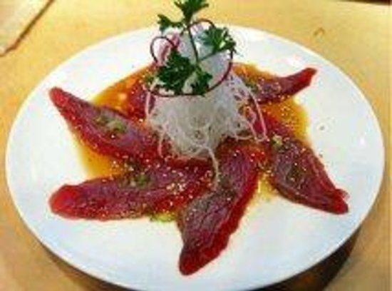 Okini: Tuna Tataki