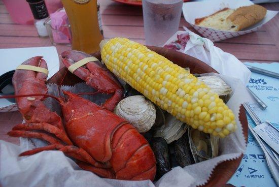 Shuckers World Famous Raw Bar : Lobster boil dinner