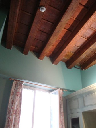 Hotel Garlande : Lovely decor/architecture: hardwood ceiling