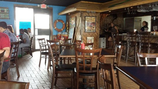 Shrimp Basket: Dining Area