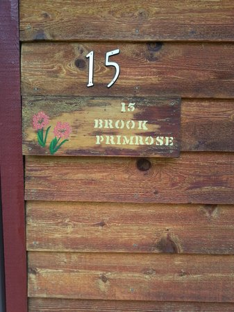 Streamside on Fall River: Cabin#15 Brook Primrose