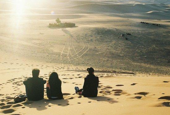 Sahara Desert Trips & Morocco Travels: Sun rising in the desert