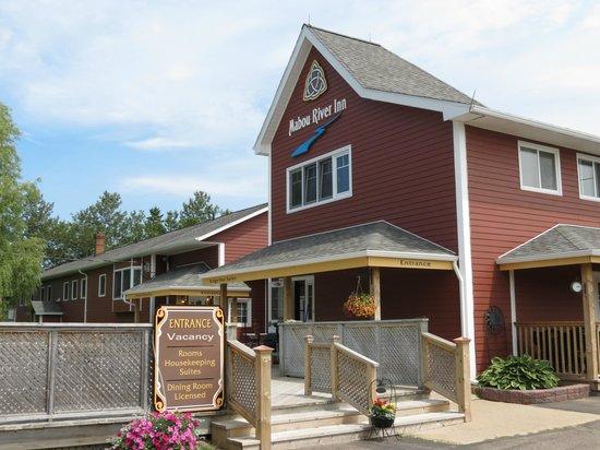 Mabou River Inn: Pic of Inn