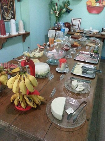Hotel Mirante Do Penedo: Café da manhã