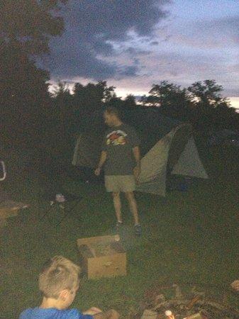 Rock Cabin Camping: Camping