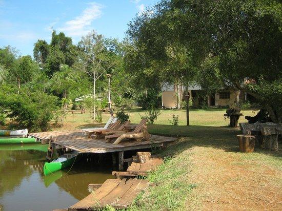 San Sebastian de la Selva: lago y solarium