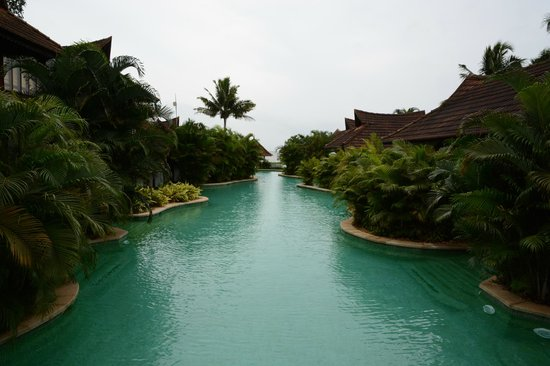Kumarakom Lake Resort: View from the Bridge