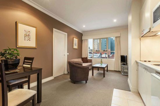 Quest on Lonsdale: Lounge Room