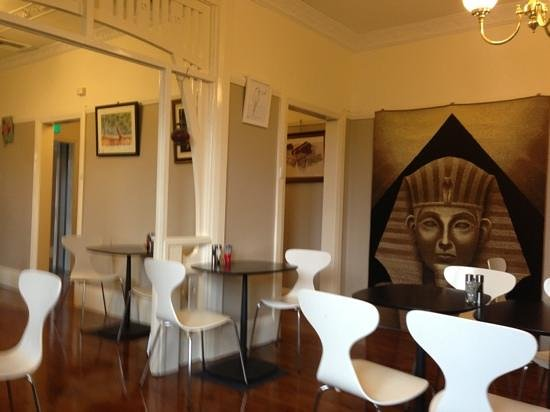 Dahab Cafe Dubbo: Inside during a quiet morning in between the rushes.