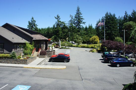 Best Western Plus Oak Harbor Hotel and Conference Center : View from the room