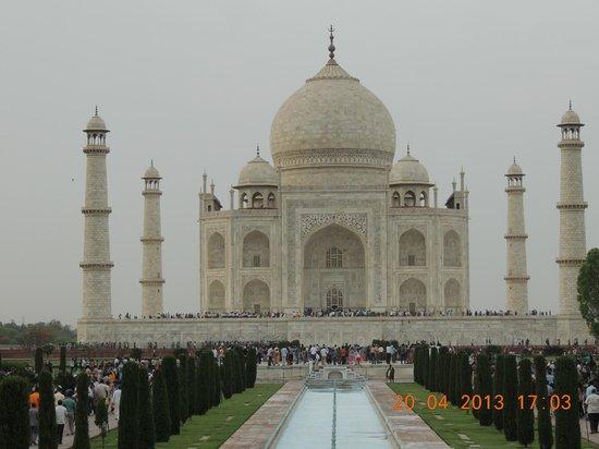 Mughal Caravan Day Tours