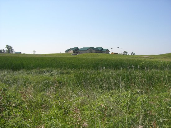 Audubon National Wildlife Refuge Complex: View of Visitor Center from the trail