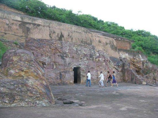Rajgir: The Sonebhandar
