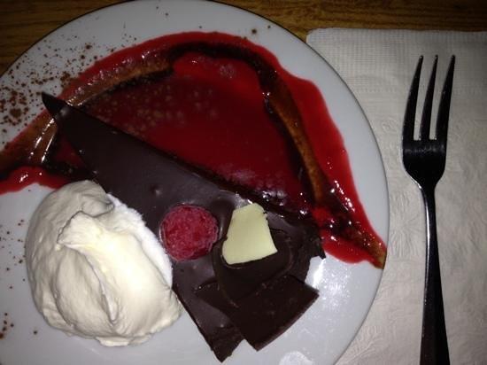Pastiche Fine Desserts: little piece of heaven