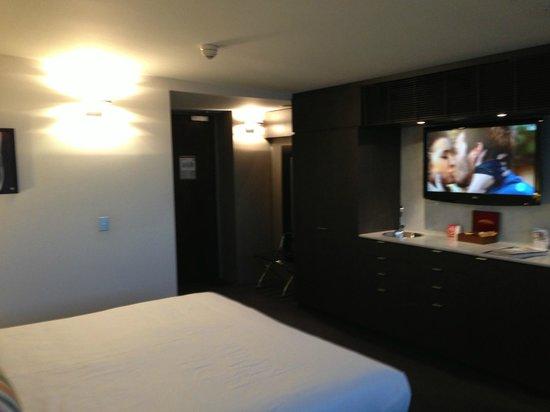 Clarion Hotel Soho: Room