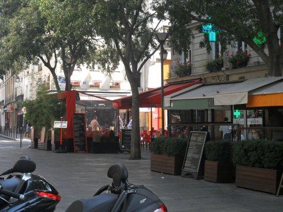 France Louvre: zona de restaurantes