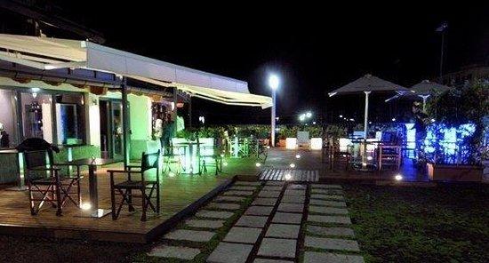 Mu Chop House Cafe