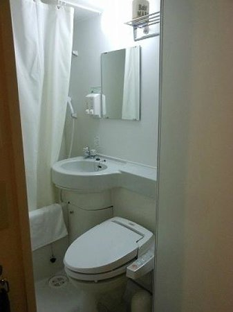 Super Hotel Kokura-eki Minamiguchi: トイレは窮屈でした