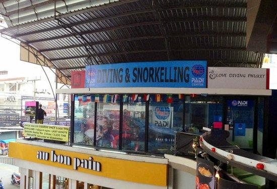 Love diving Phuket Shop