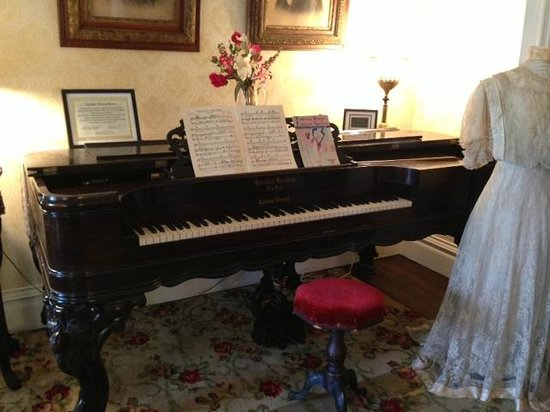Heritage House: Square Grand Piano in the Parlour
