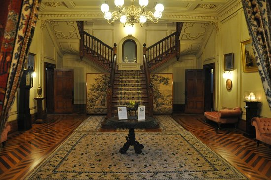 Martindale Hall Heritage Museum: The entrance hall with staircase.