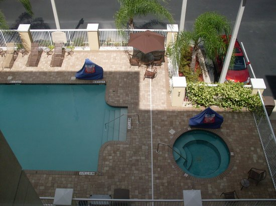 Holiday Inn Hotel & Suites Orange Park: Pool and Hot Tub