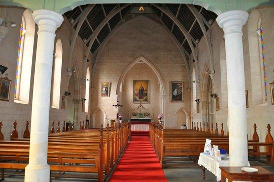 Sevenhill Cellars: Inside St Aloysius Jesuit Church