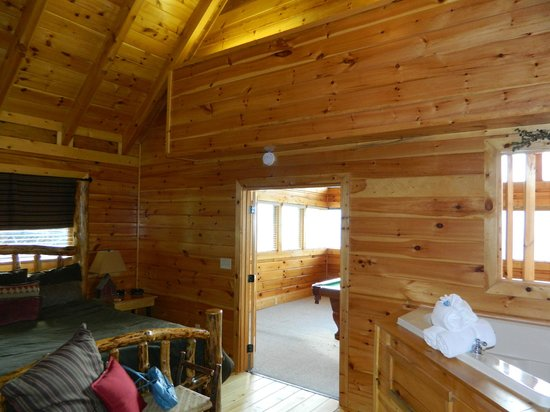 Deck Hot Tub Picture Of Brother S Cove Log Cabin