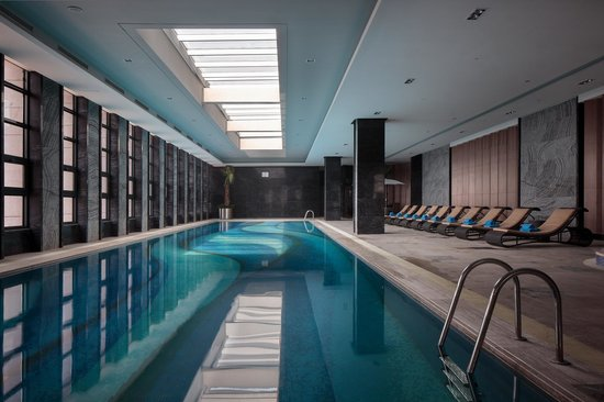 Pullman Anshan Time Square: Swimming Pool