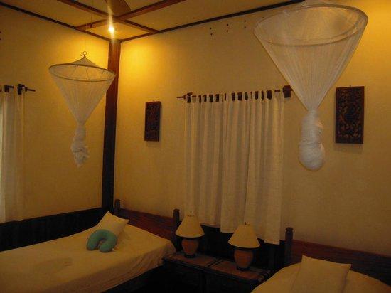 Auberge Sala Inpeng (Mekong Riverside Inn): Very cozy beds