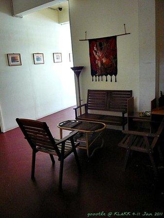 Jesselton Cabin: 2nd floor, relax area