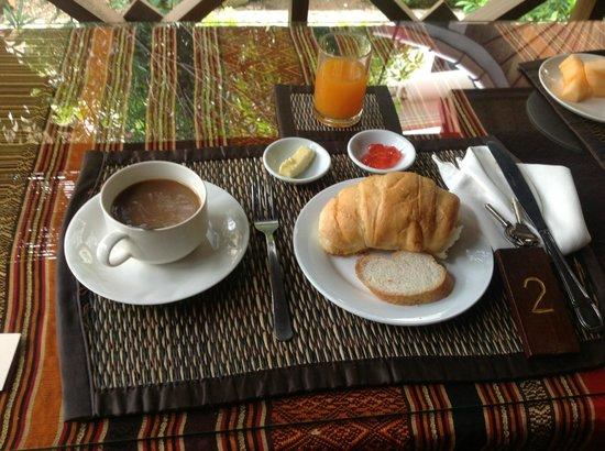 Auberge Sala Inpeng (Mekong Riverside Inn): Breakfast Included