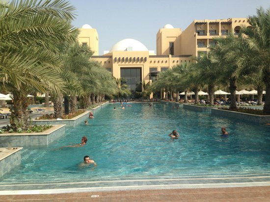 Hilton Ras Al Khaimah Resort & Spa: Salt Pool