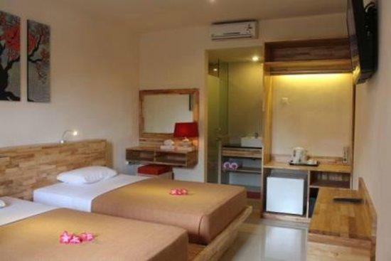 Hotel Karthi: Kamar Super Deluxe paling baru
