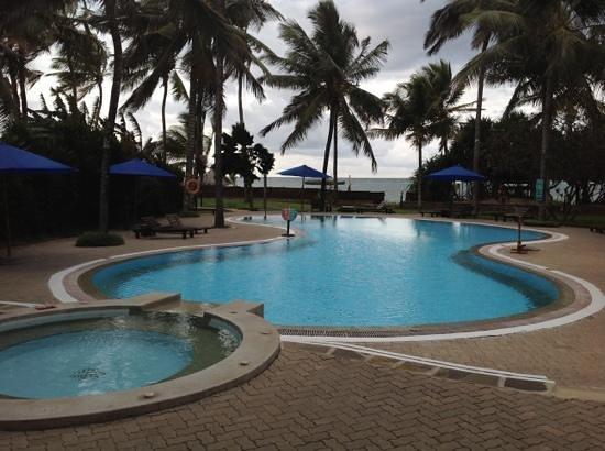 Pool - Turtle Bay Beach Club Photo