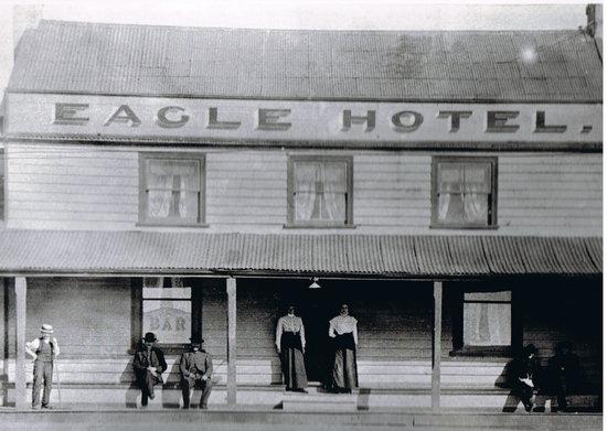 Eagle Hotel : getlstd_property_photo