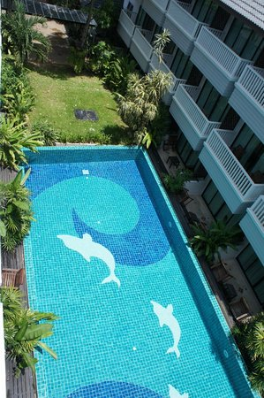 Aonang Buri Resort : สระว่ายน้ำ วิวจากทุกห้อง
