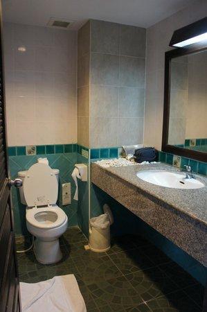 อ่าวนางบุรี รีสอร์ท: ห้องน้ำ