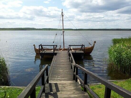 Slawendorf: Slawenboot