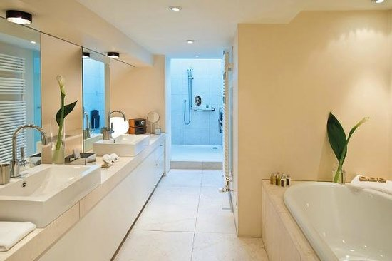 Alden Luxury Suite Hotel Zurich: Bathroom