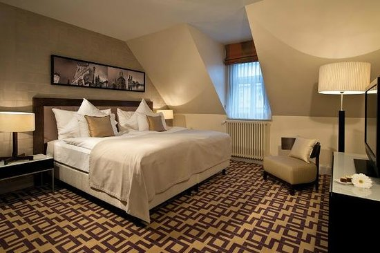 Alden Luxury Suite Hotel Zurich: Junior Suite