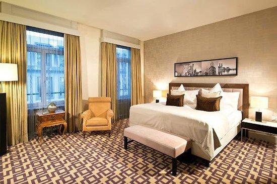 Alden Luxury Suite Hotel Zurich: Suite