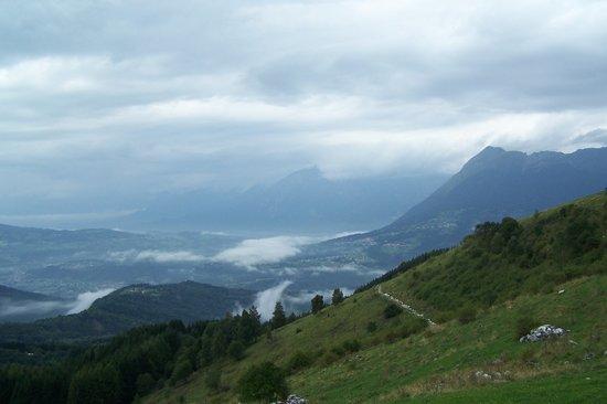 Trattoria Rifugio Carota : lago santa croce