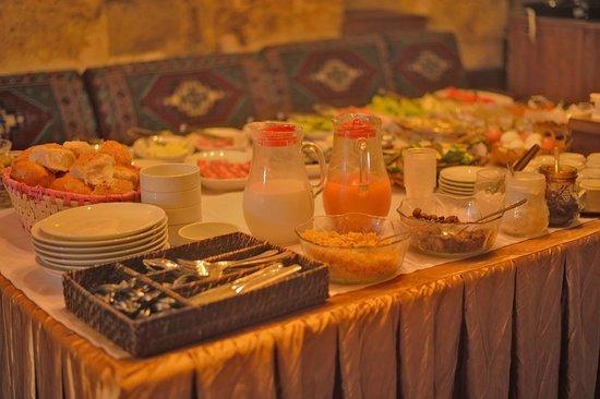 Hotel Cappadocia Palace: Breakfast