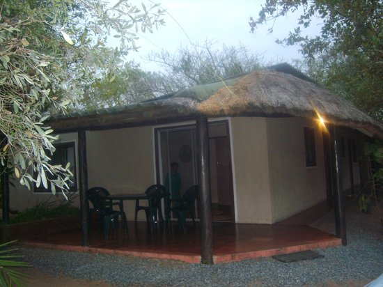 Malala Lodge : Family cottage with parking right infront of cottage