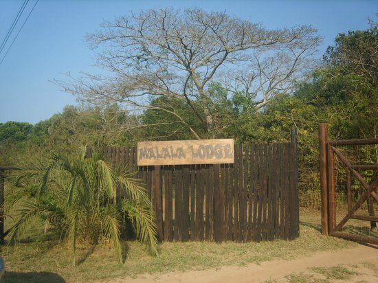 Malala Lodge : get down & open gates yourself Please.........