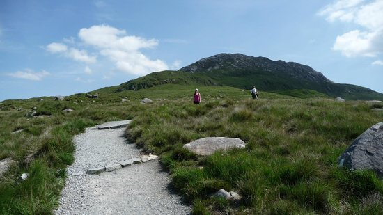 Rockmount House: Hiking up Diamond Hill, Connemara National Park