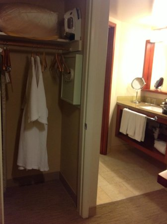 The Paramount Hotel: Cupboard with laptop safe and iron