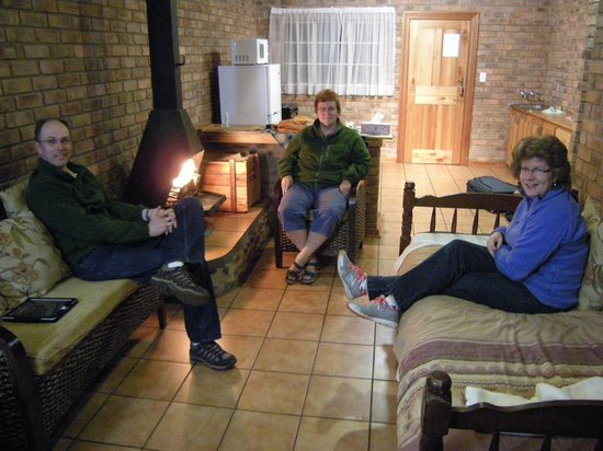 Thaba Tsweni Lodge & Safaris: Around the fire in our unit